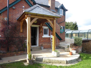 Floor and Wall Mounted Porch Gregory